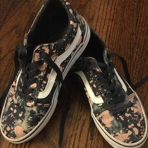 Vans ward in paint splatter, denim shoes